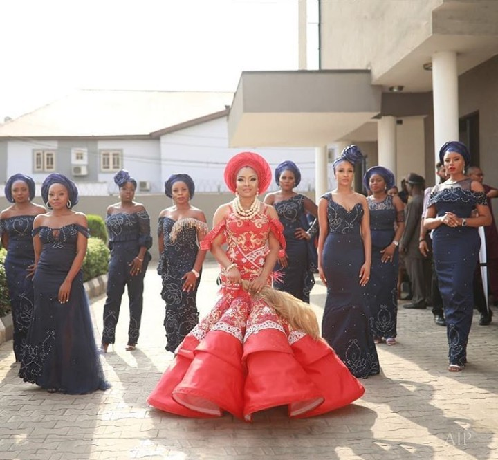 5be49f9138e07 - The bride, her bridesgroom and her squad: More pictures from Linda Ejiofor and Ibrahim Suleiman's conventional marriage ceremony