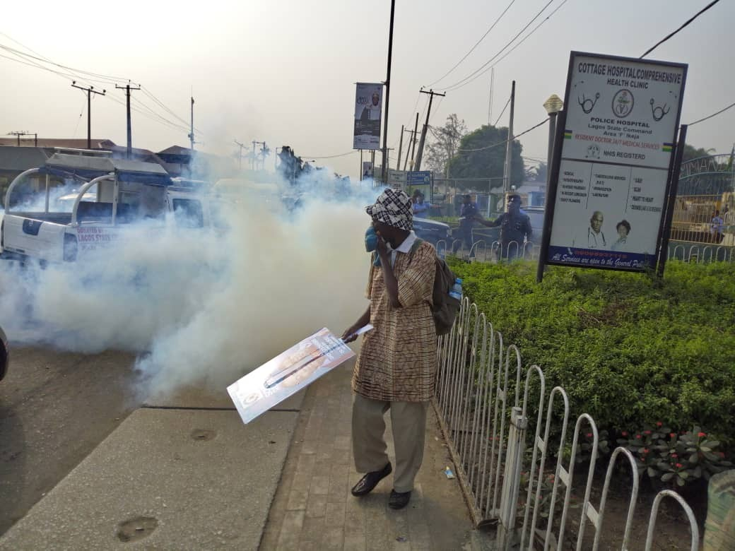 Many injured as members of the African Action Congress and the Nigeria Police clash during protest in Lagos(police)