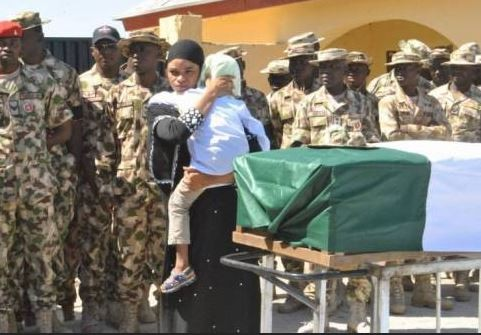 Nigerian Army buries fallen heroes who died during the clash with Boko Haram terroristsinMetele