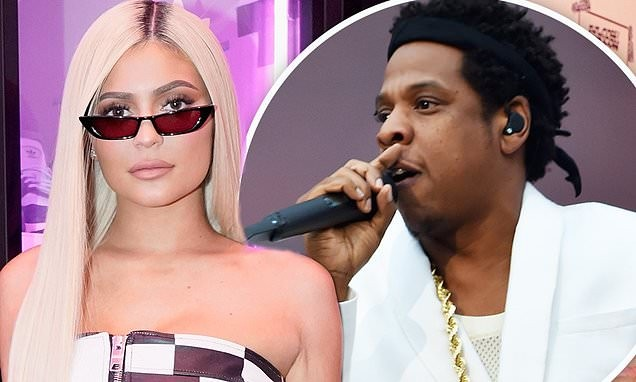 Kylie Jenner ties with Jay-Z to become Forbes' fifth wealthiest American celebrity with $900 million net worth