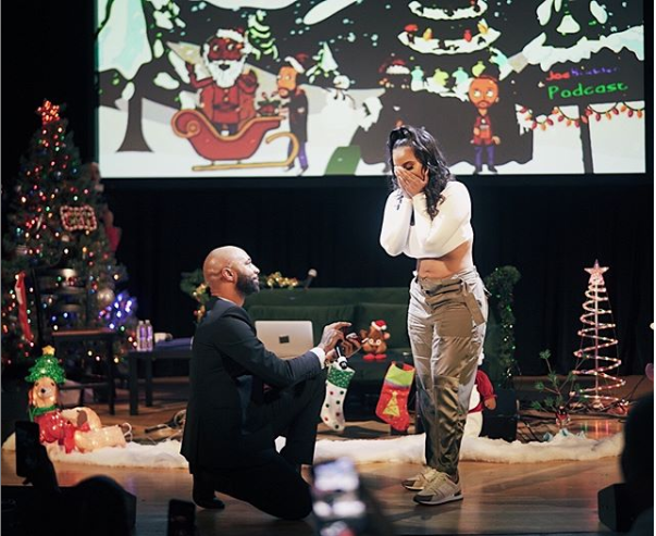 Joe Budden proposes to his girlfriend Cyn Santana during his live show in front 4000 people (Videos)