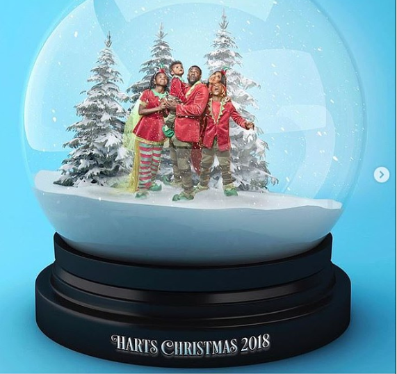 Cute Family! Kevin Hart and his family get stuck in a snow globe for their Christmas card (Photos)