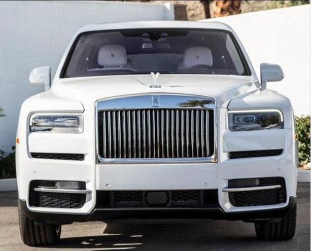 Davido shows off new Rolls Royce he just bought for himself