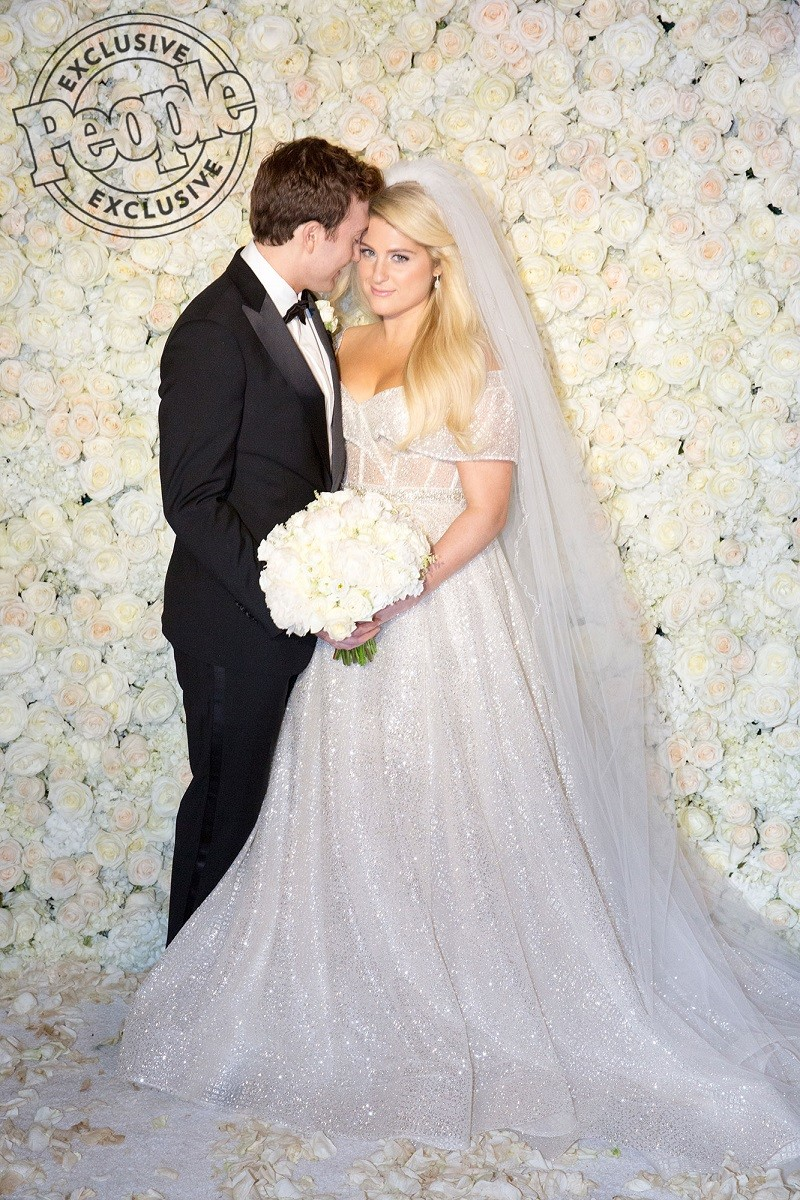 US singer Meghan Trainor marries actor Daryl Sabara on her 25th Birthday (Photos)