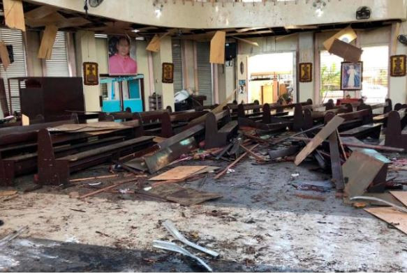 17 people killed, dozens wounded as terrorist bomb a catholic church inPhilippines (Photo)