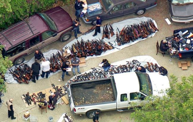 Shocking! Police seize over 1,000 gunsfrom aLos Angeles mansion in one of the biggest raids ever (Photos)