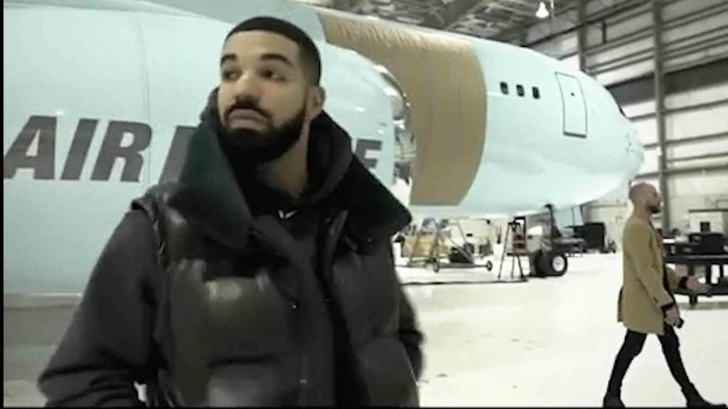 Rapper, Drake shows off his new private plane, Air Drake ( Video)
