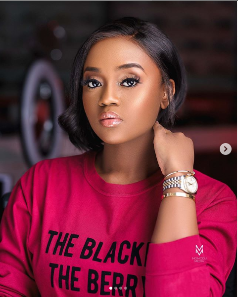 Davido's bae, Chioma looks effortlessly stunning in these new make-up photos
