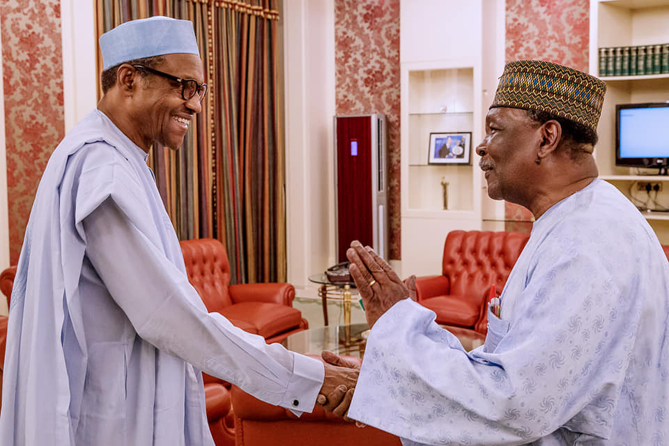 President Buhari hosts former Head of StateYakubu Gowon atstate house just days after he 'slumped' at at military event (Photos)