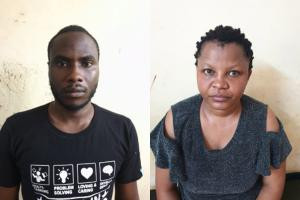 Nigerian couple arrested in India for stealing money from ATMs by inserting a skimmer and micro cameras