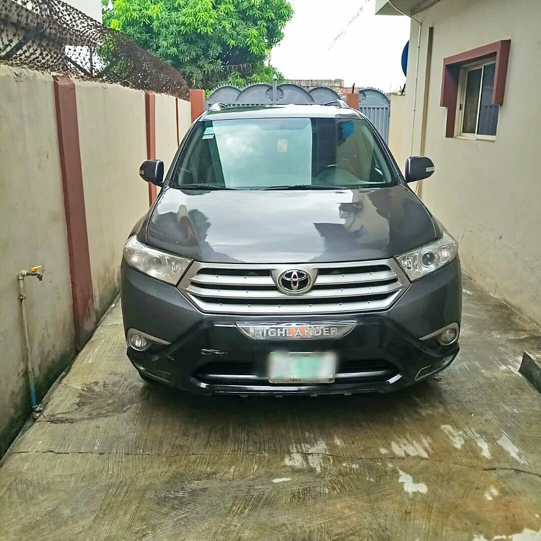 Relocation Sales Toyota Highlander SUV and House Hold items