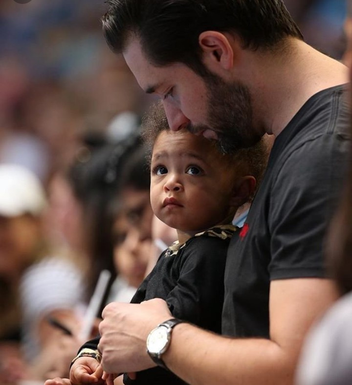 Alexis Ohanian is hailed a great father after revealing he applied to a natural hair Facebook group to learn to care for his daughter's hair
