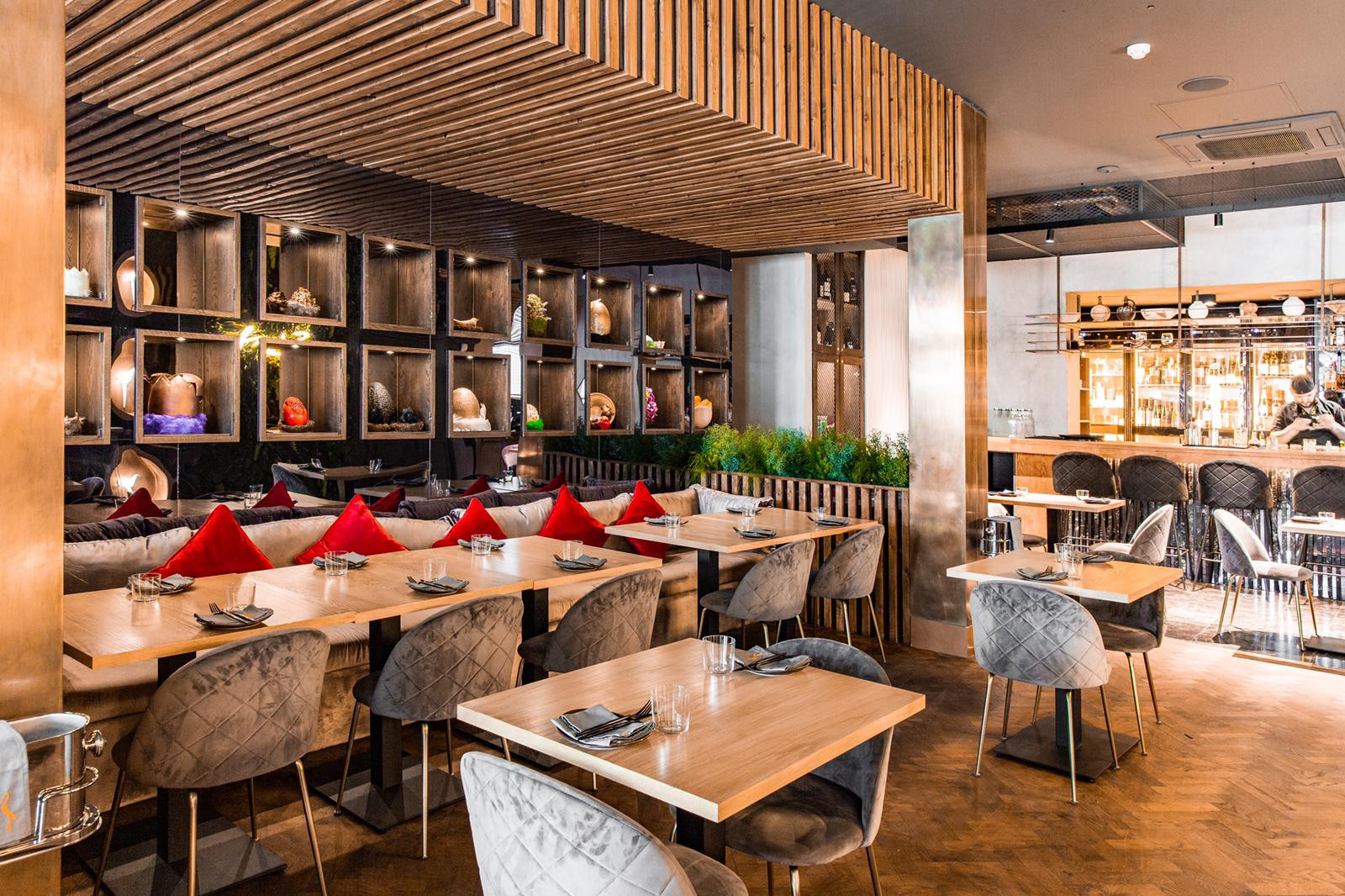 World Class Stork Restaurant Opens in London