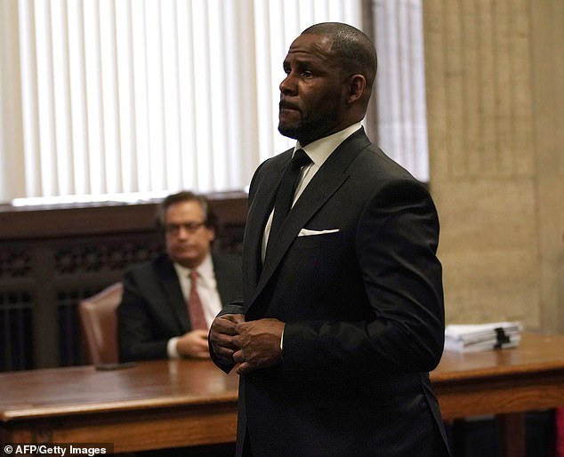 Breaking: R.Kelly chared with 11 new count of sex abuse and assault involving victims between the age 13 and 16 in Chicago