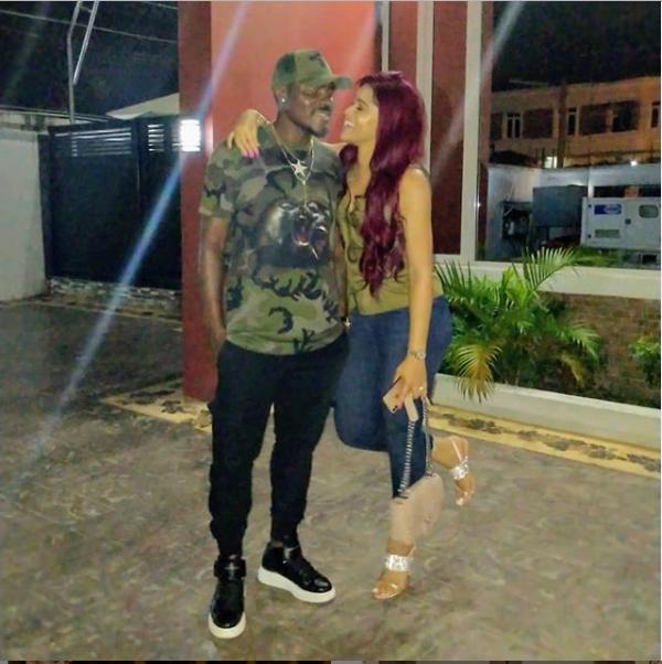 Iheoma Nnadi and Emmanuel Emenike all loved-up during date night Photo