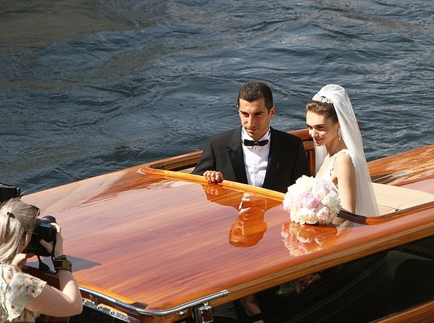 Arsenal football star, Henrikh Mkhitaryan and his beautiful brideboard water taxi to their wedding reception in Venice (Photos)