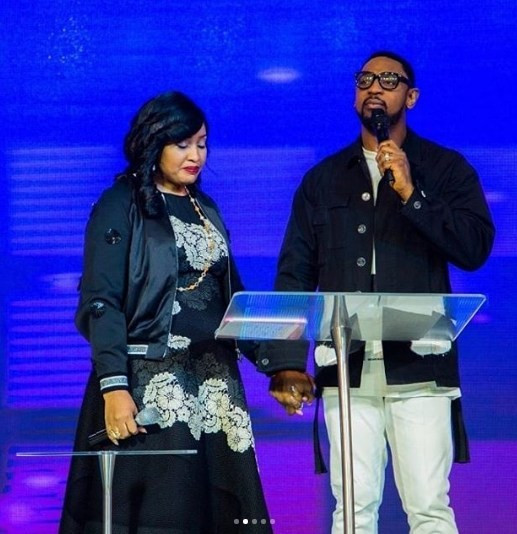 Im not your friend if you dont celebrate my husband, Pastor Biodun Fatoyinbo - Modele Fatoyinbo lindaikejisblog