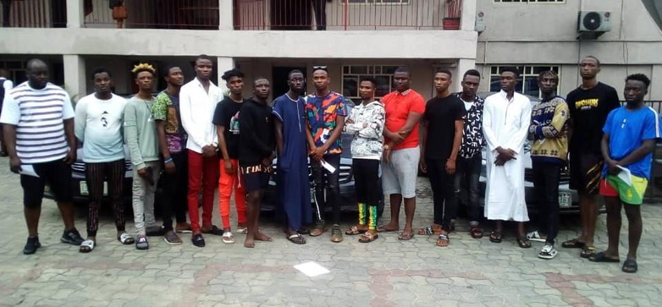 EFCC arrests 17 suspected internet fraudsters lindaikejisblog 1