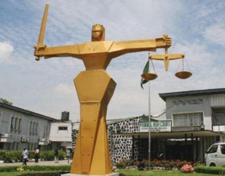 Lagos Police araigntwo teenagers for belonging toEiye Confraternity'secret society