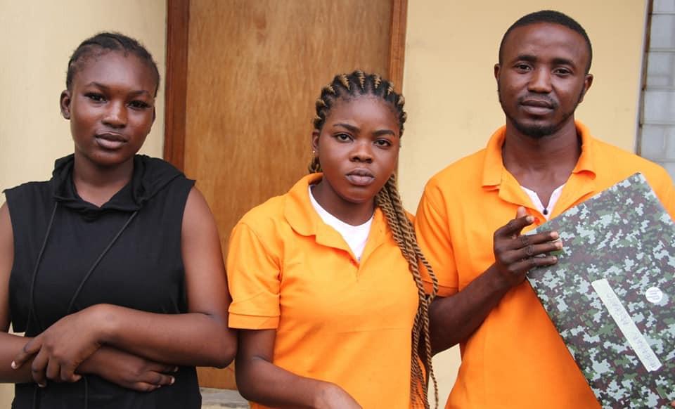 Immigration Officer, 14 passport racketeers arrested by EFCC lindaikejisblog 3