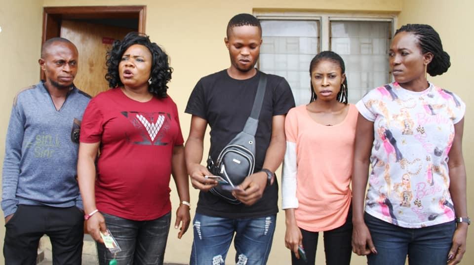 Immigration Officer, 14 passport racketeers arrested by EFCC lindaikejisblog 2