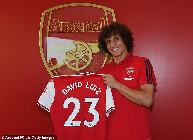 Arsenal complete shock signing of David Luiz from arch-rivals Chelsea (Photos)