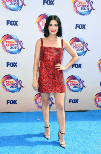 Red carpet moment from 2019 Teen Choice Awards lindaikejisblog 17