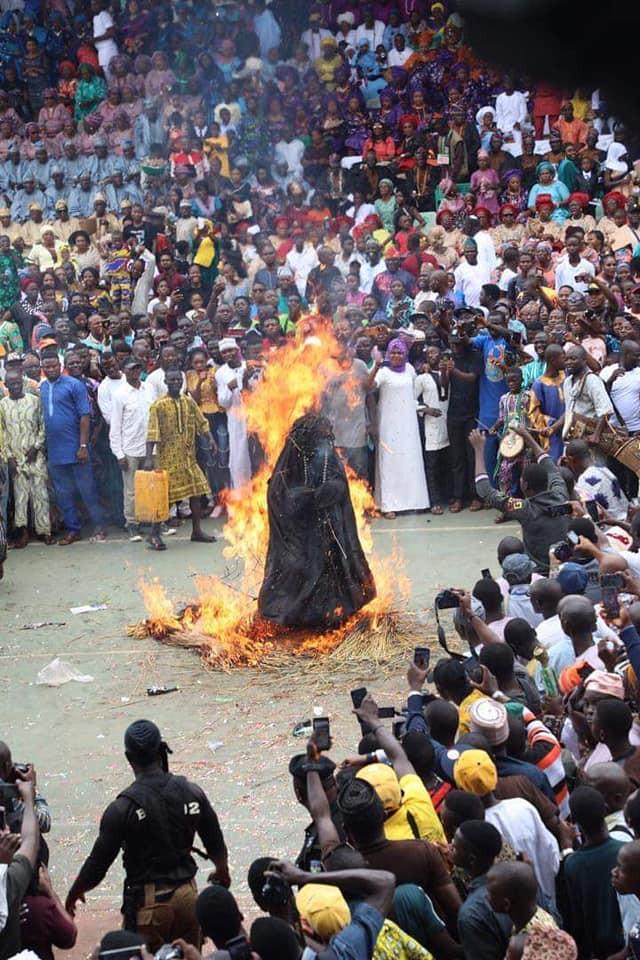 Ogun Masquerade, Danafojura gets burnt at event lindaikejisblog 4