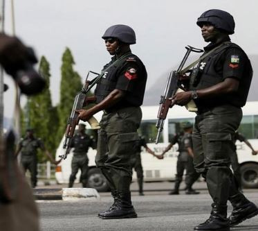 15-year old boy stages his own kidnap and demands N500kransom from his father 'to buy clothes'
