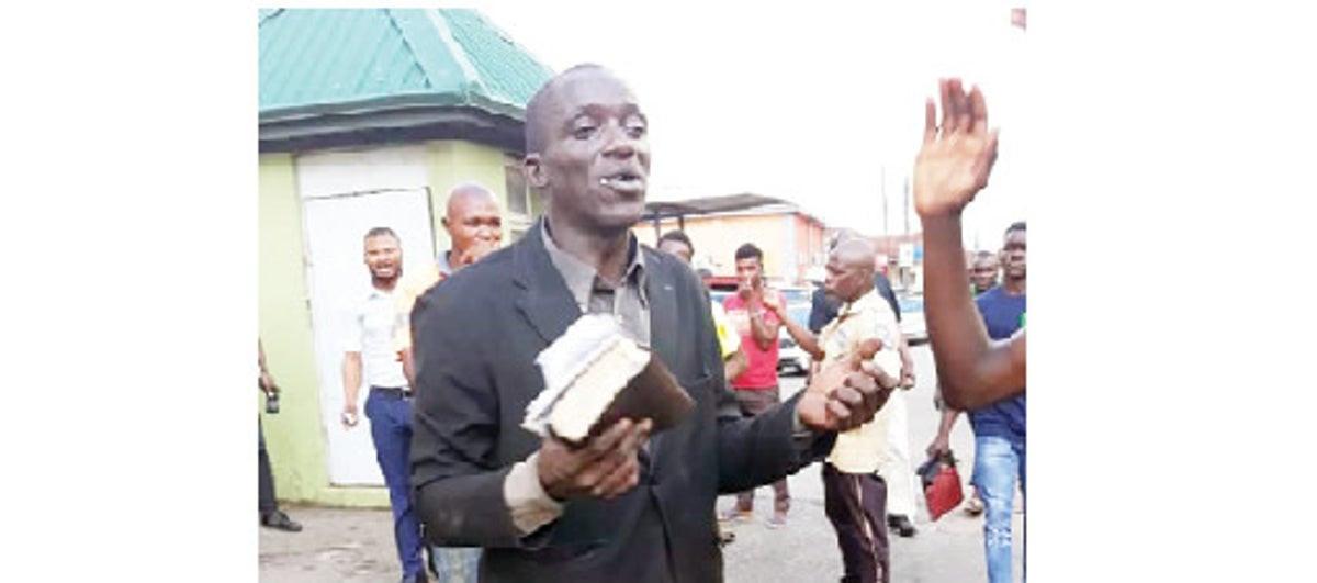 Evangelist beaten for stealing phones while preaching in Ibadan lindaikejisblog