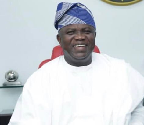 Video:Epe residents lay curses on Tinubu, others following EFCC's alleged raid on Ambode's home