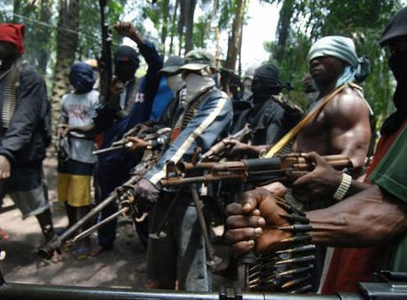 Armed men attack community in Imo State, killfive and injure several others