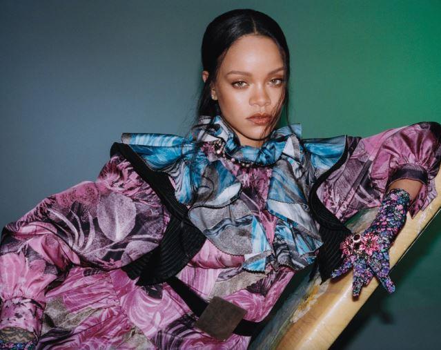 Photos: Rihanna covers the September issue ofVogue Hong Kong