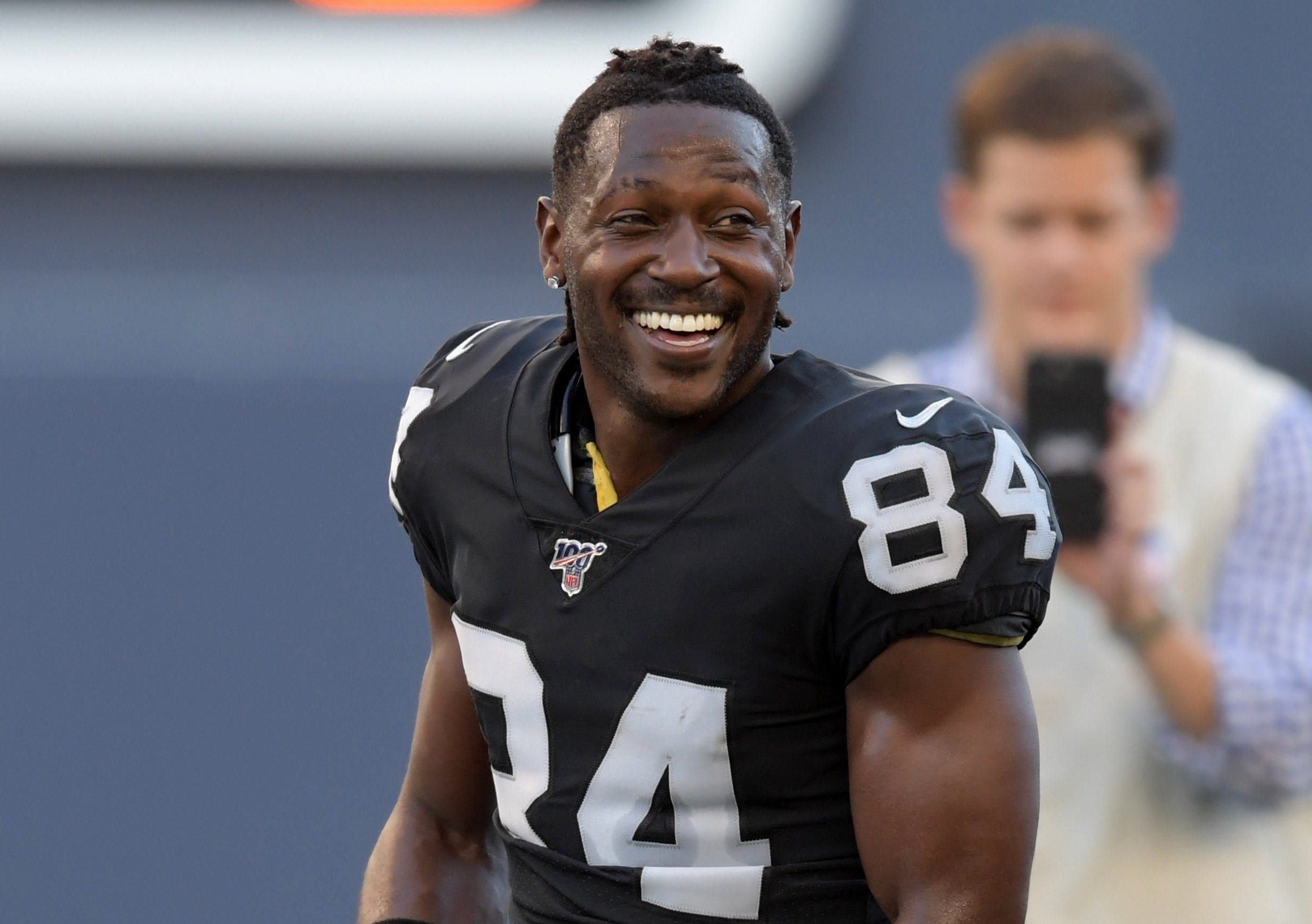 NFL star Antonio Brown accused of raping a former trainer