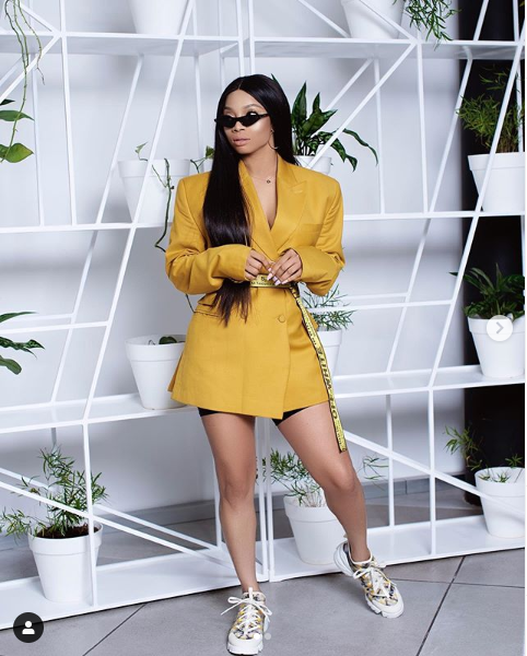 Toke Makinwa tensions Instagram with new stylish photos