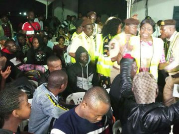 187 Nigerians arrive Nigeria, South African Government bring up new rules to stop evacuation lindaikejisblog 2
