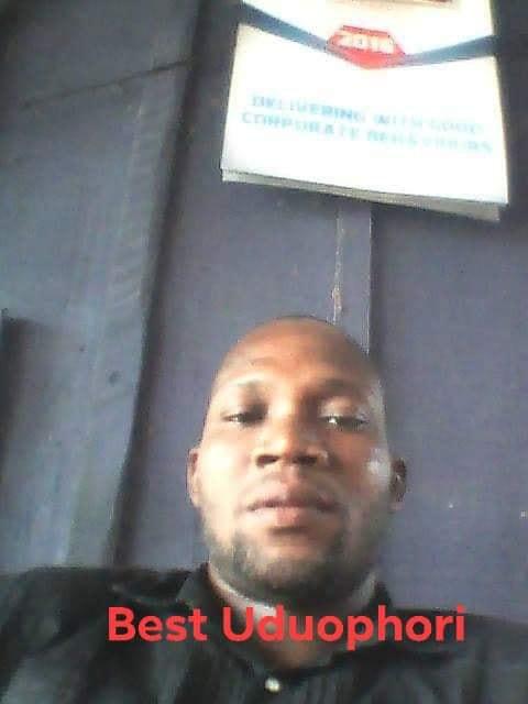 Man celebrating Buhari's tribunal victory stabbed by neighbour in Warri lindaikejisblog 1