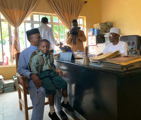Kaduna State governor, Nasir El-Rufai enrols his s6-year old on in a public primary school (Photos)