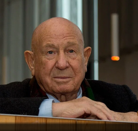 Alexei Leonov, the first human to walk in space 54 years agohas died