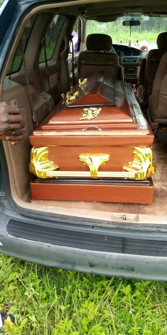 Photos from the burial ceremony of social commentator, Stanley Nwabia lindaikejisblog 5