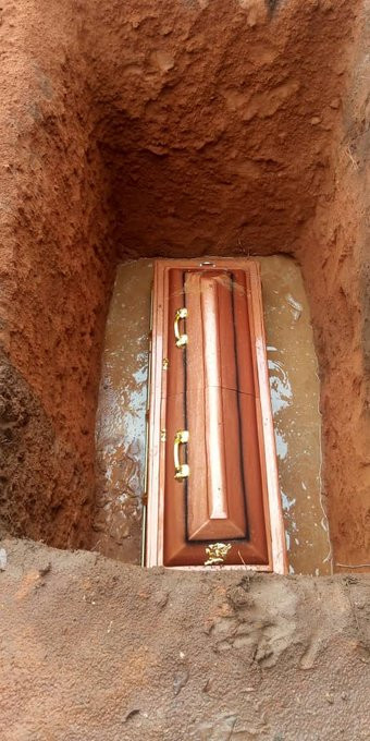 Photos from the burial ceremony of social commentator, Stanley Nwabia lindaikejisblog 4