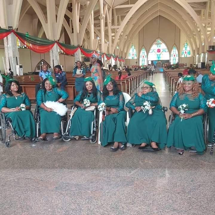 Nigerian lady in wheelchair weds her husband in Abuja with a bridal train of ladies on wheelchair lindaikejisblog 6