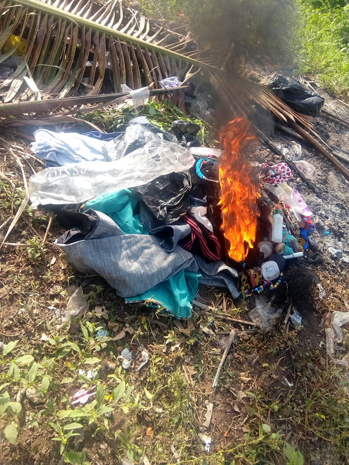 Nigerian lady burns her wigs, makeup kit and clothes after giving her life lindaikejisblog 5