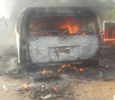 Nine including two children burnt beyond recognition, after bus burst into flames while on transit in Ogun State. 1