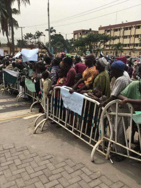 Lagos beggars protest at Governor Sanwo-Olu's office and House of Assembly lindaikejisblog 1
