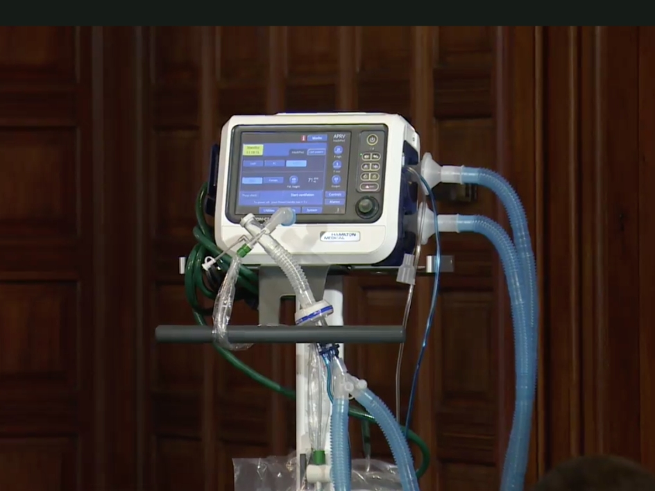 New York Governor Andrew Cuomo cries out over shortage of ventilators says they might be forced to split 4000 ventilators lindaikejisblog 1