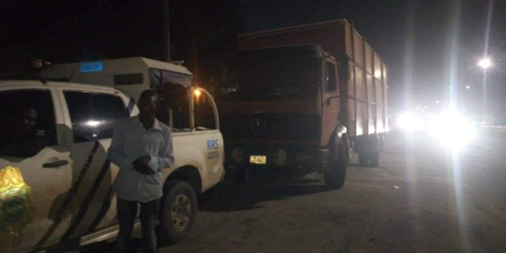 Eight passengers rescued by RRS as truck driver flee after causing accident lindaikejisblog