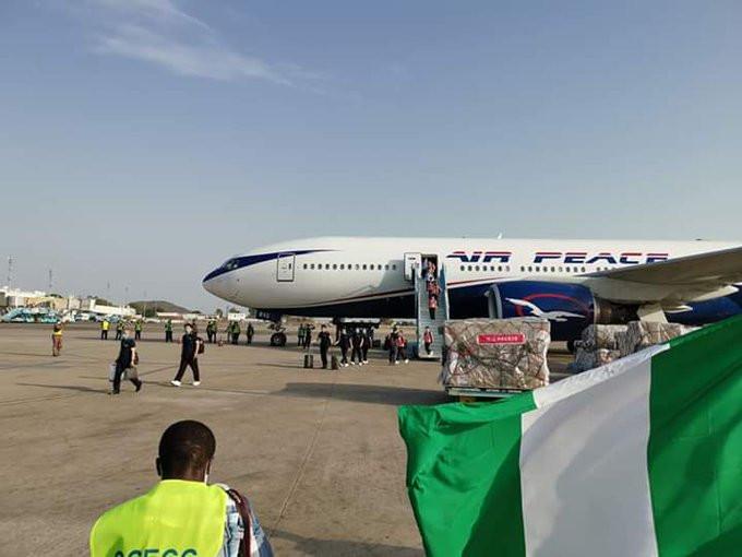 15 Chinese doctors arrive Nigeria despite protest from Nigerian doctors lindaikejisblog 3