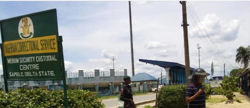 2 inmates escape, six shot at Sapele prison lindaikejisblog