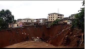 Houses collapse at erosion site in Onitsha lindaikejisblog